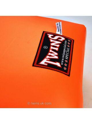 Груша для бокса TWINS WML оранжевая настенная