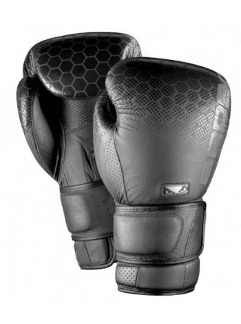 Перчатки для бокса BAD BOY LEGACY 2.0 черные