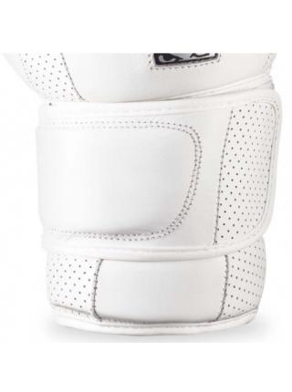 Перчатки для бокса BAD BOY LEGACY 2.0 белые