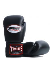 Боксерские перчатки TWINS BGVL3 черные из инженерной кожи