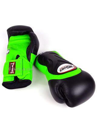 Боксерские перчатки Twins Deluxe Sparring BGVL-6 черно-зеленые
