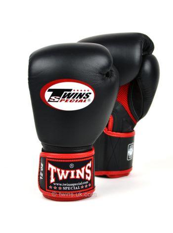 Боксерские перчатки Twins AIR BGVLA-1 черно-красные