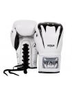 Боксерские перчатки VENUM GIANT 3.0 белые на шнуровке