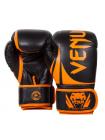Боксерские перчатки VENUM CHALLENGER 2.0 черно-оранжевые