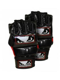 Перчатки ММА тренировочные BAD BOY COMPETITION черно-красные