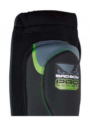 Защита голени и стопы BAD BOY Pro Series 3.0 MMA черно-зеленая