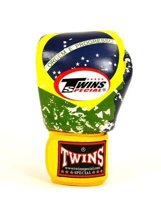 Боксерские перчатки TWINS Brazil FBGV-44bz на липучке