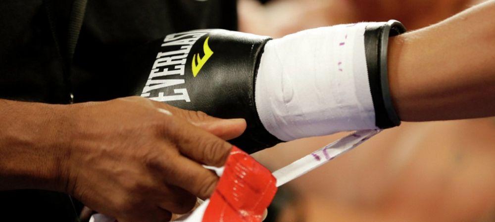Картинки по запросу боксерские перчатки на бойце